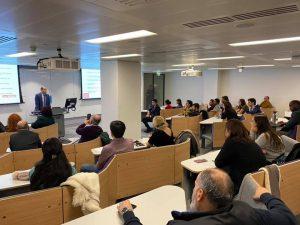 Bakan Özersay, Londra'da King's Kolej'de konuşma yaptı