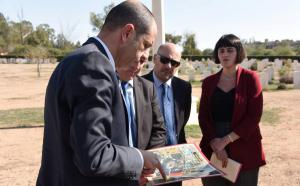 Özersay visited Wayne's Keep Cemetery ( 8 November 2018)