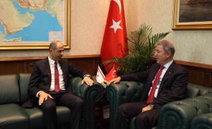Özersay, Ankara'da temaslarına devam ediyor