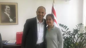 Bakan Özersay Milli sporcu Gaffari'yi kabul etti (11 Nisan 2019)